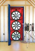 Blower door multi ventilateurs